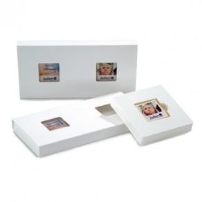 2 M-logolinis in Kartonage mit Sichtfenster