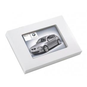 L-logolini-Karte in Kartonage mit Sichtfenster
