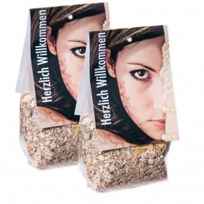 logolini-Müsli im Maxi-Bodenbeutel mit Faltetikett