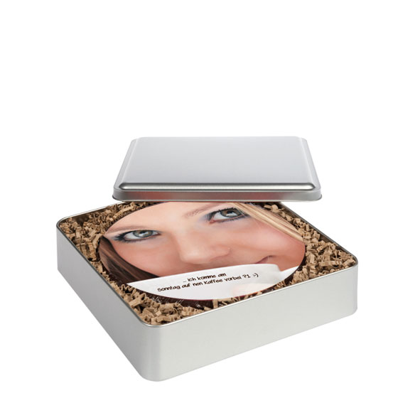 Bedruckte Fototorte rund in edler Metallbox – 18 cm Ø